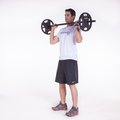 Desenvolvimento de ombro anterior sentado c/ barra